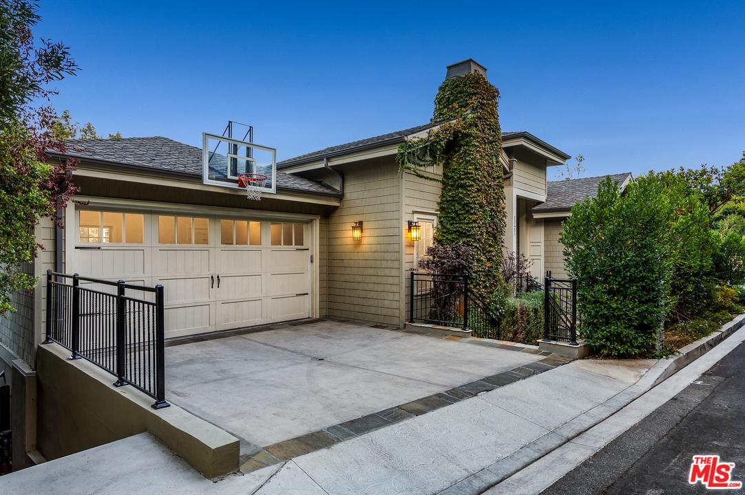 13451 RAND, Sherman Oaks, CA 91423