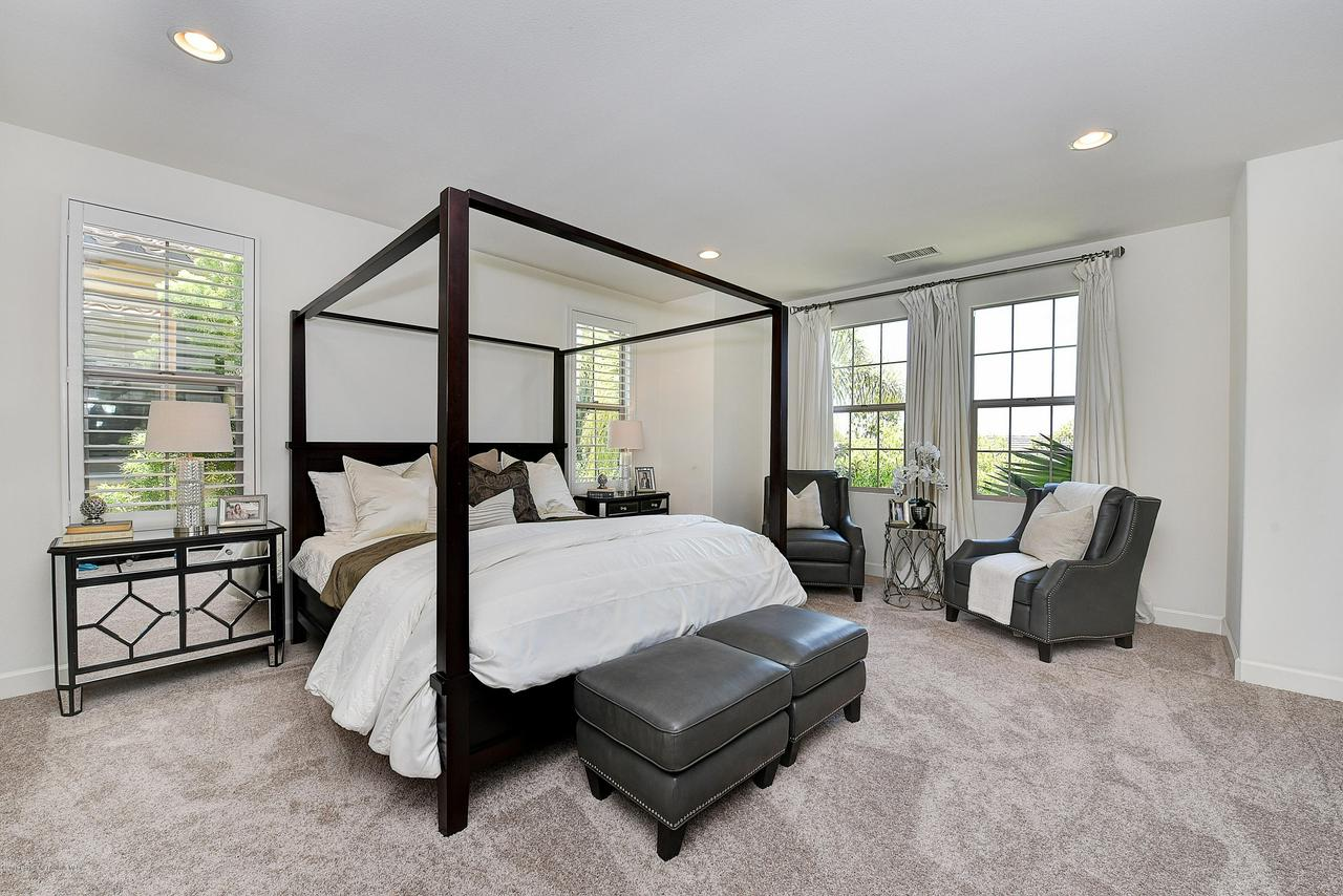 27 LAND BIRD, Irvine, CA 92618 - Master bedroom