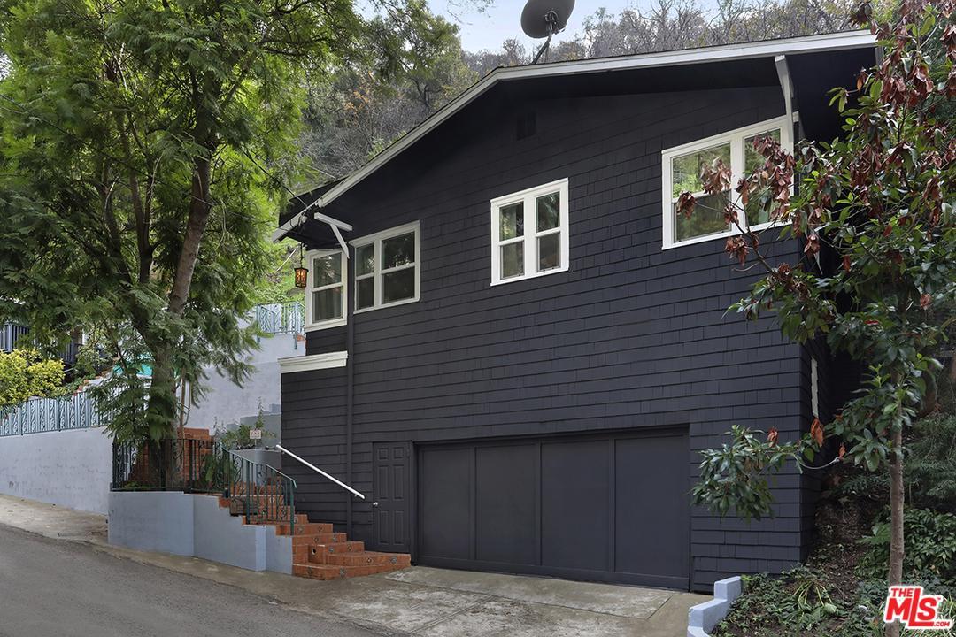 9826 PORTOLA, Beverly Hills, CA 90210