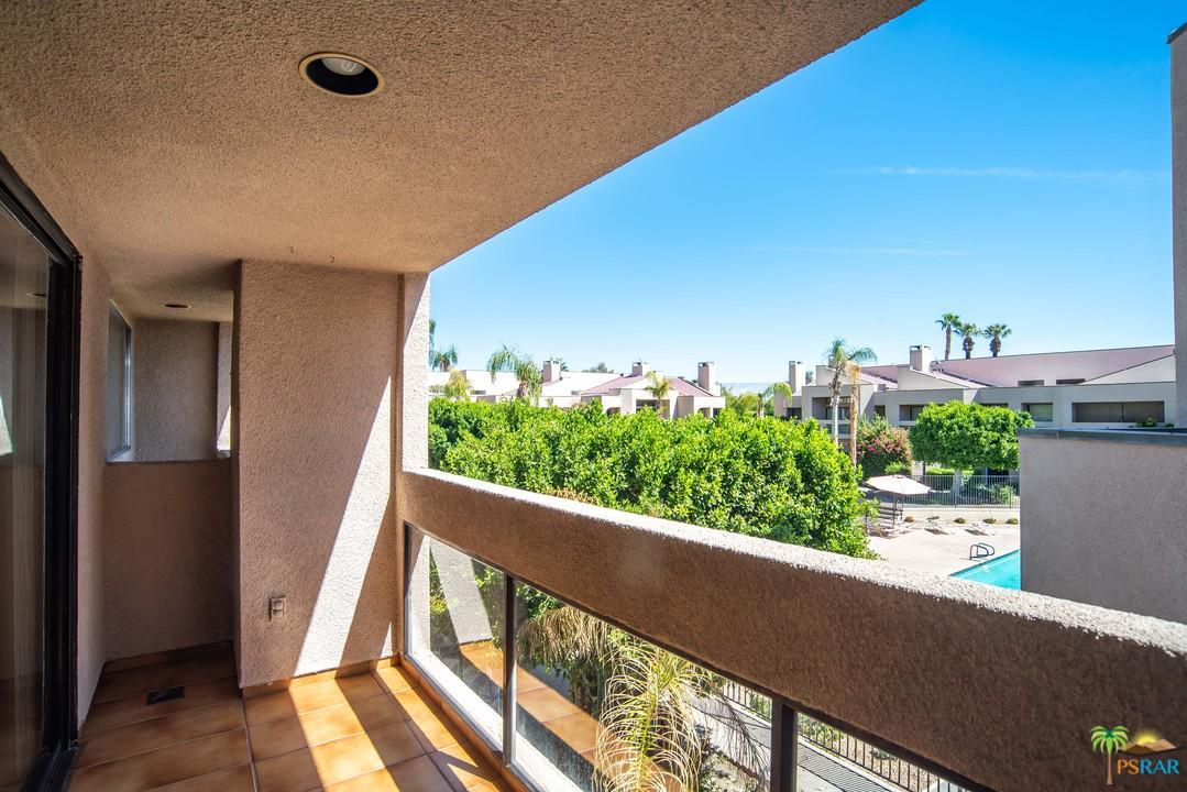 450 VILLAGE, Palm Springs, CA 92262