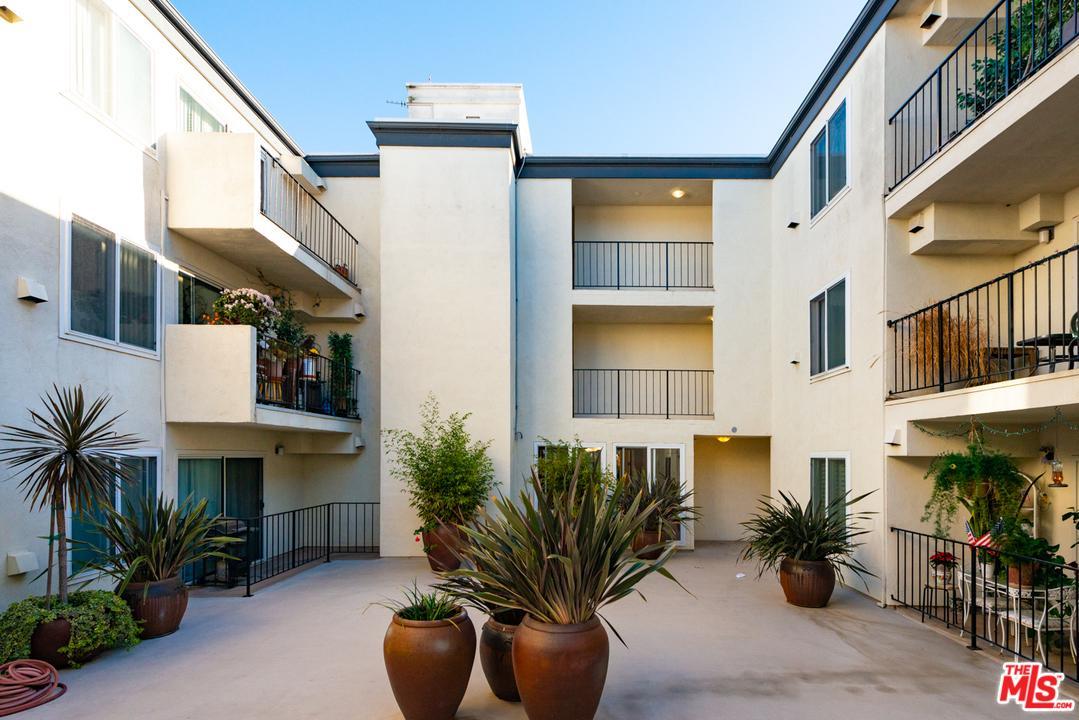 8163 REDLANDS STREET, Playa Del Rey, CA 90293