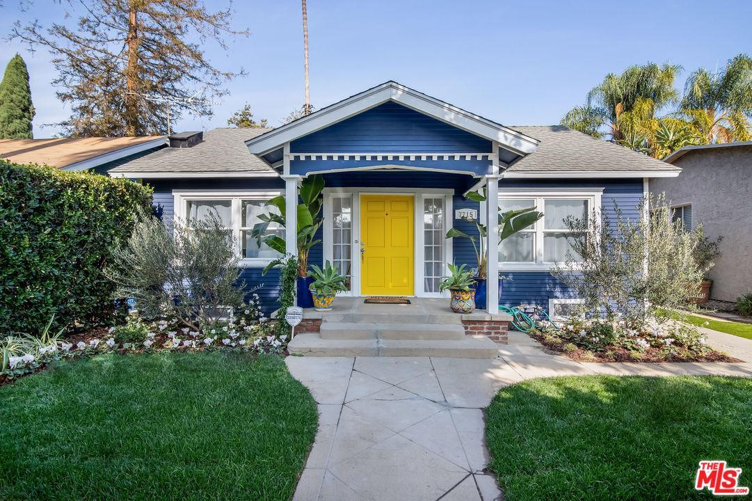 Photo of 7715 LEXINGTON AVE, West Hollywood, CA 90046