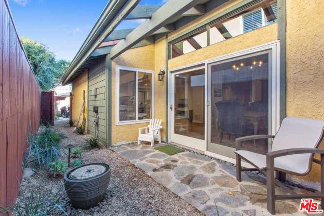 1316 AVENIDA DE CORTEZ, Pacific Palisades, CA 90272