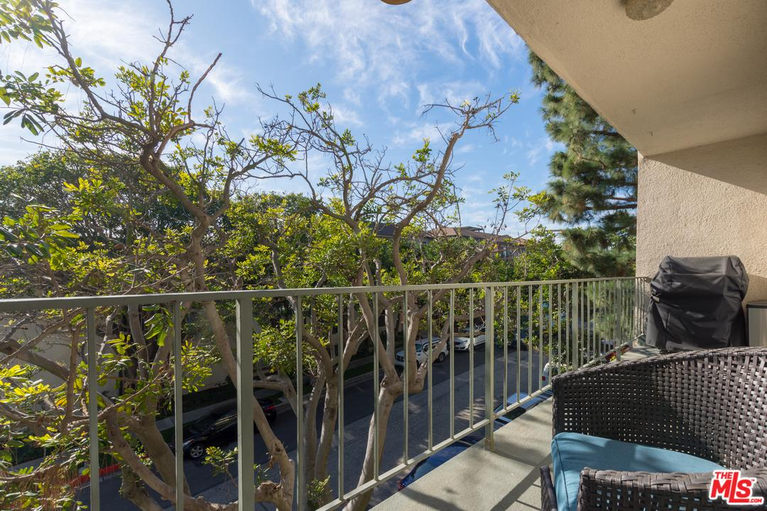 5625 WINDSOR, Culver City, CA 90230