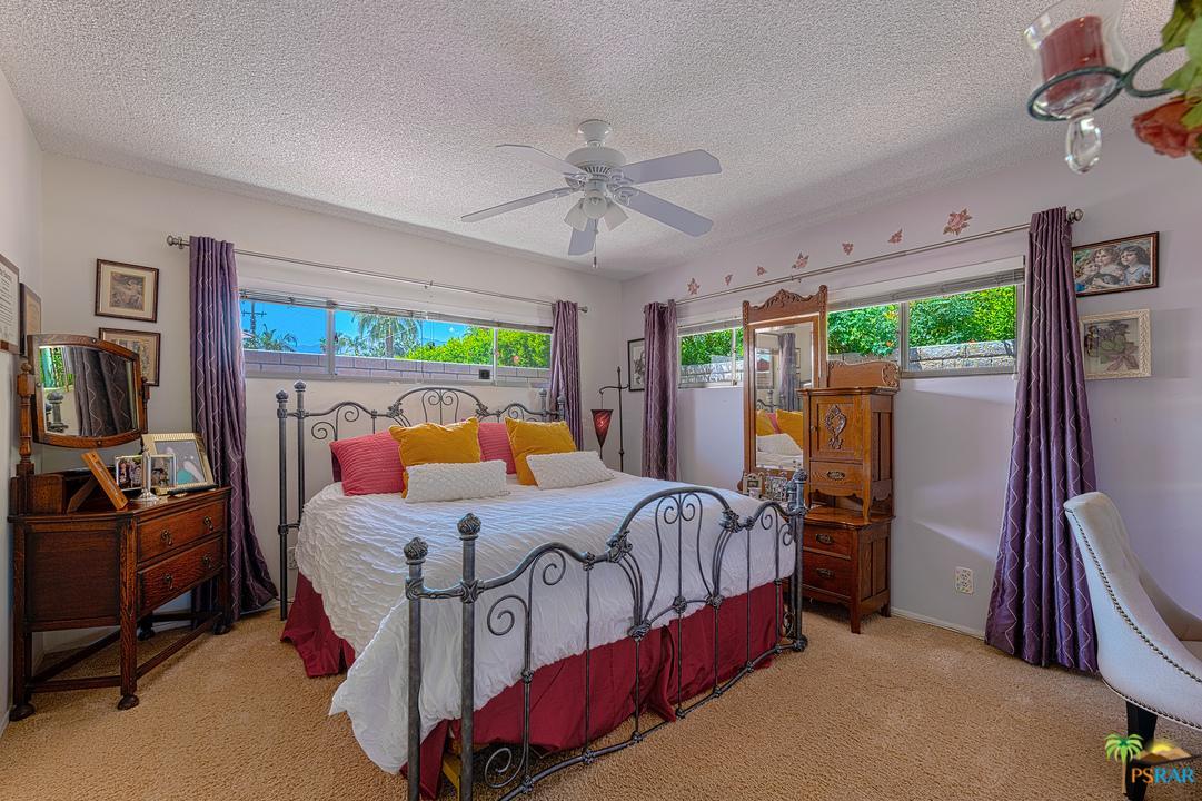1433 CALLE DE MARIA, Palm Springs, CA 92264