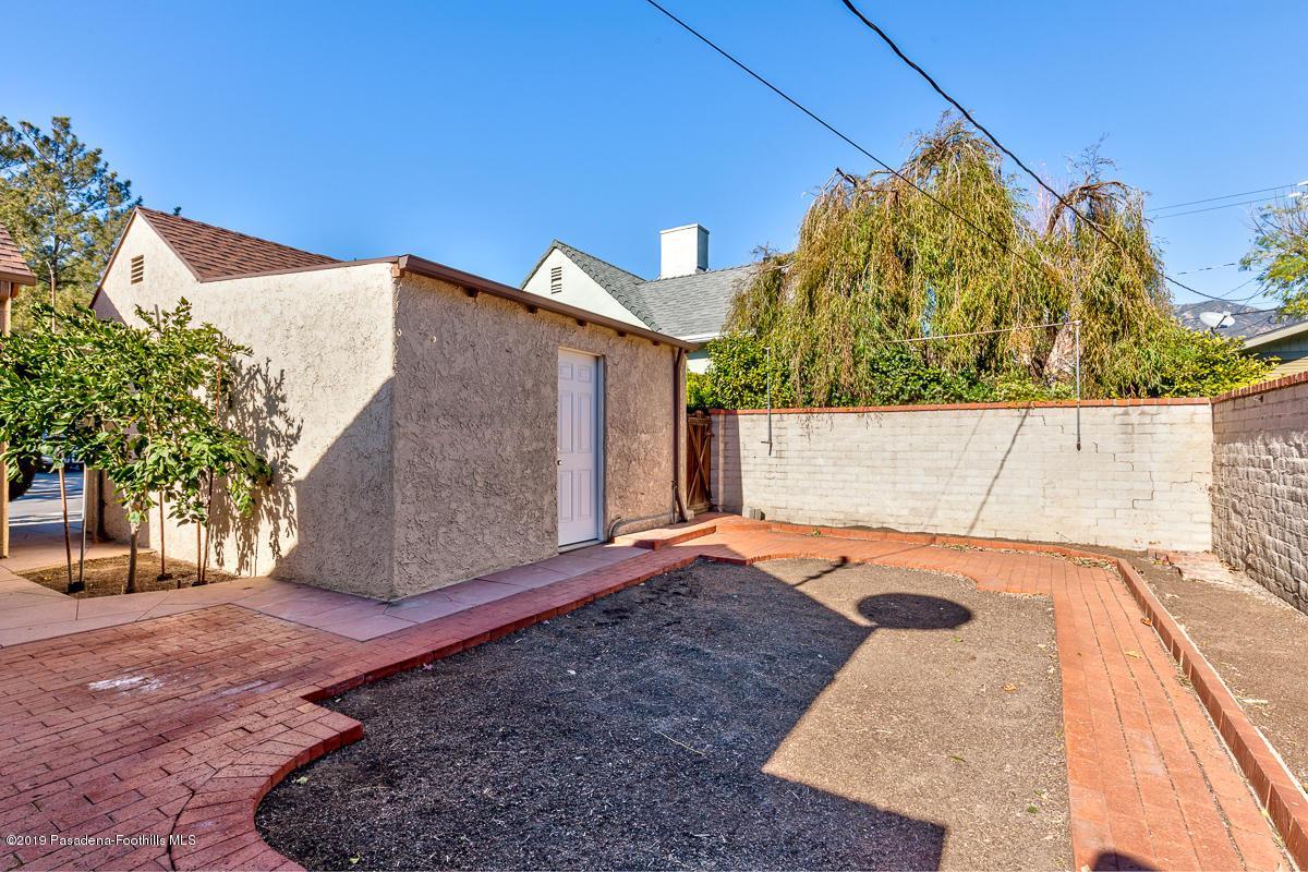 1949 PALOMA, Pasadena, CA 91104 - 1949 Paloma_303v1_mls
