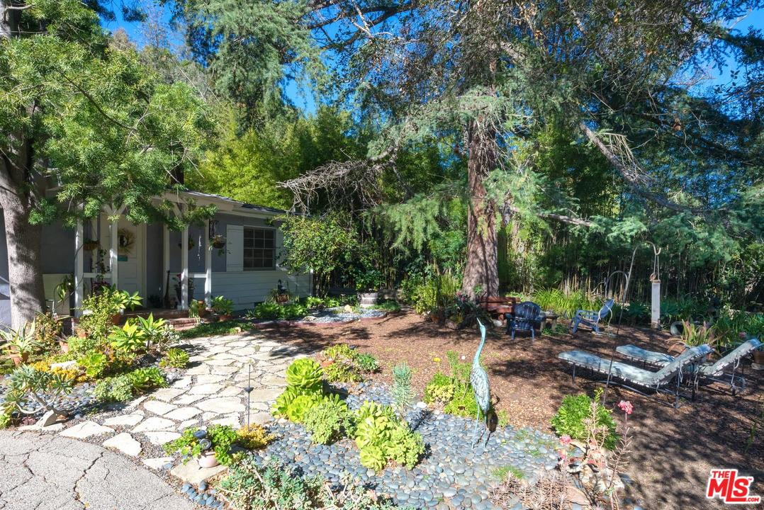 2671 BEVERLY GLEN, Los Angeles (City), CA 90077
