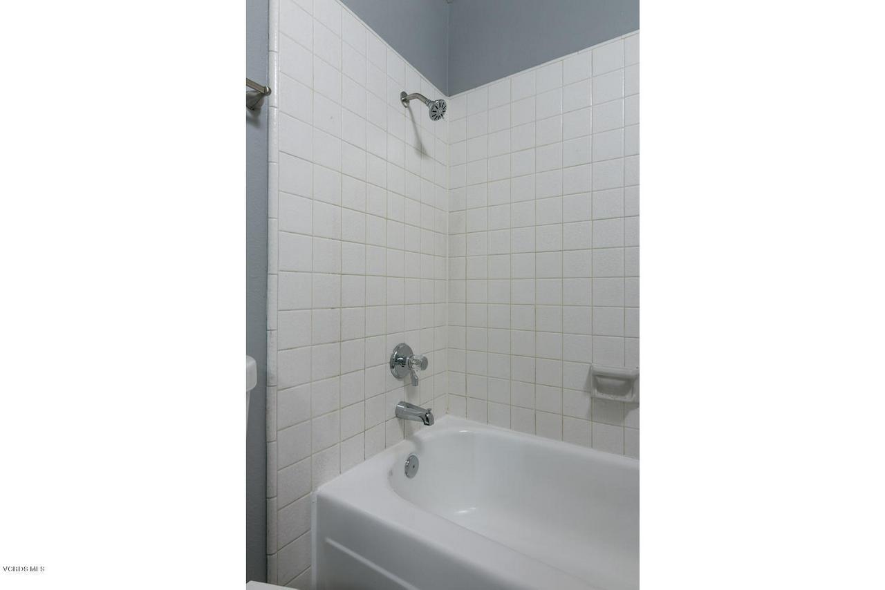 1102 PORTOLA, Ventura, CA 93003 - 1102 Portola Rd-013-6-Bathroom-MLS_Size