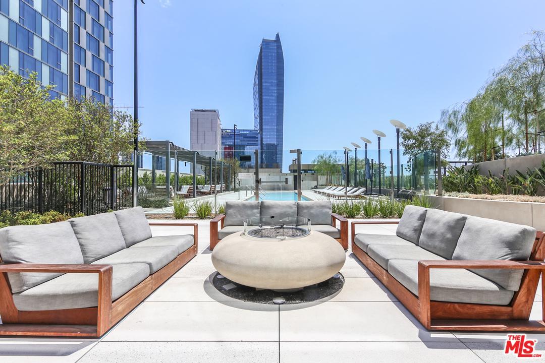 889 FRANCISCO, Los Angeles (City), CA 90017