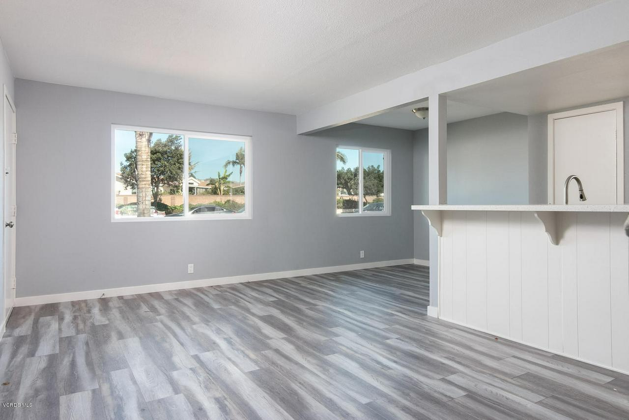 1102 PORTOLA, Ventura, CA 93003 - 1102 Portola Rd-016-12-Main Living Area-
