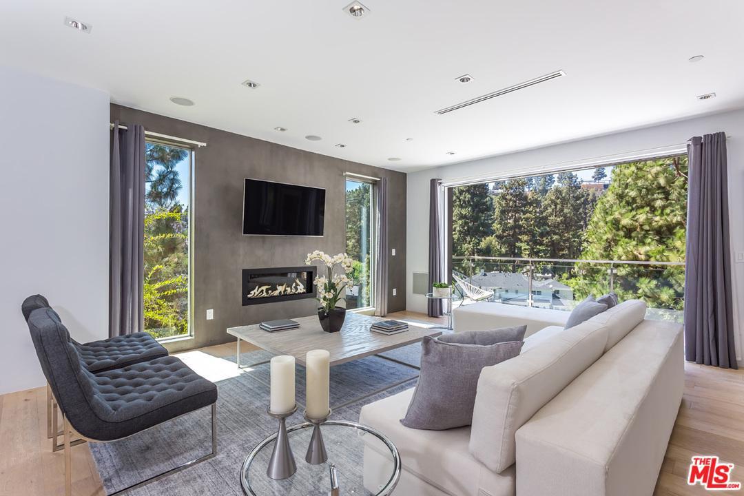 1432 LINDACREST, Beverly Hills, CA 90210