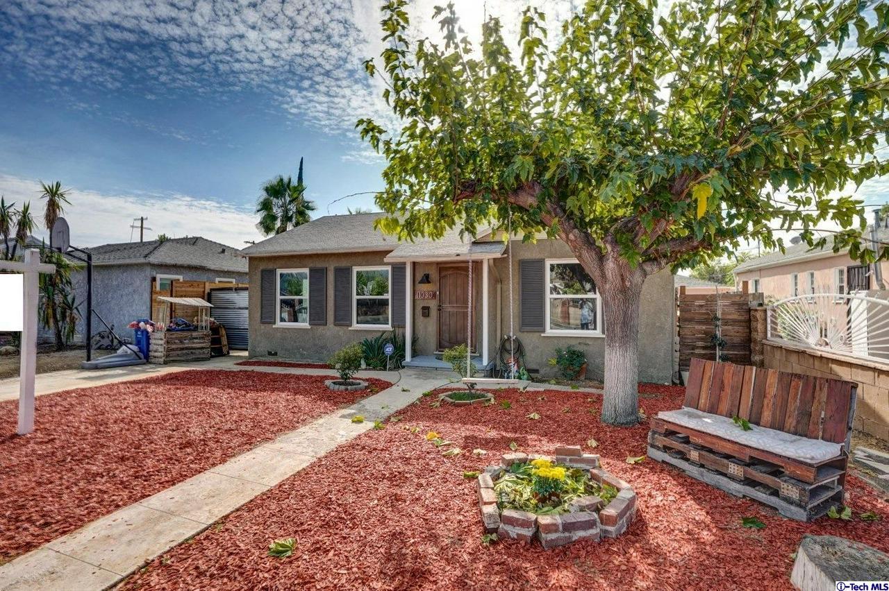 11030 CALIFA, North Hollywood, CA 91601
