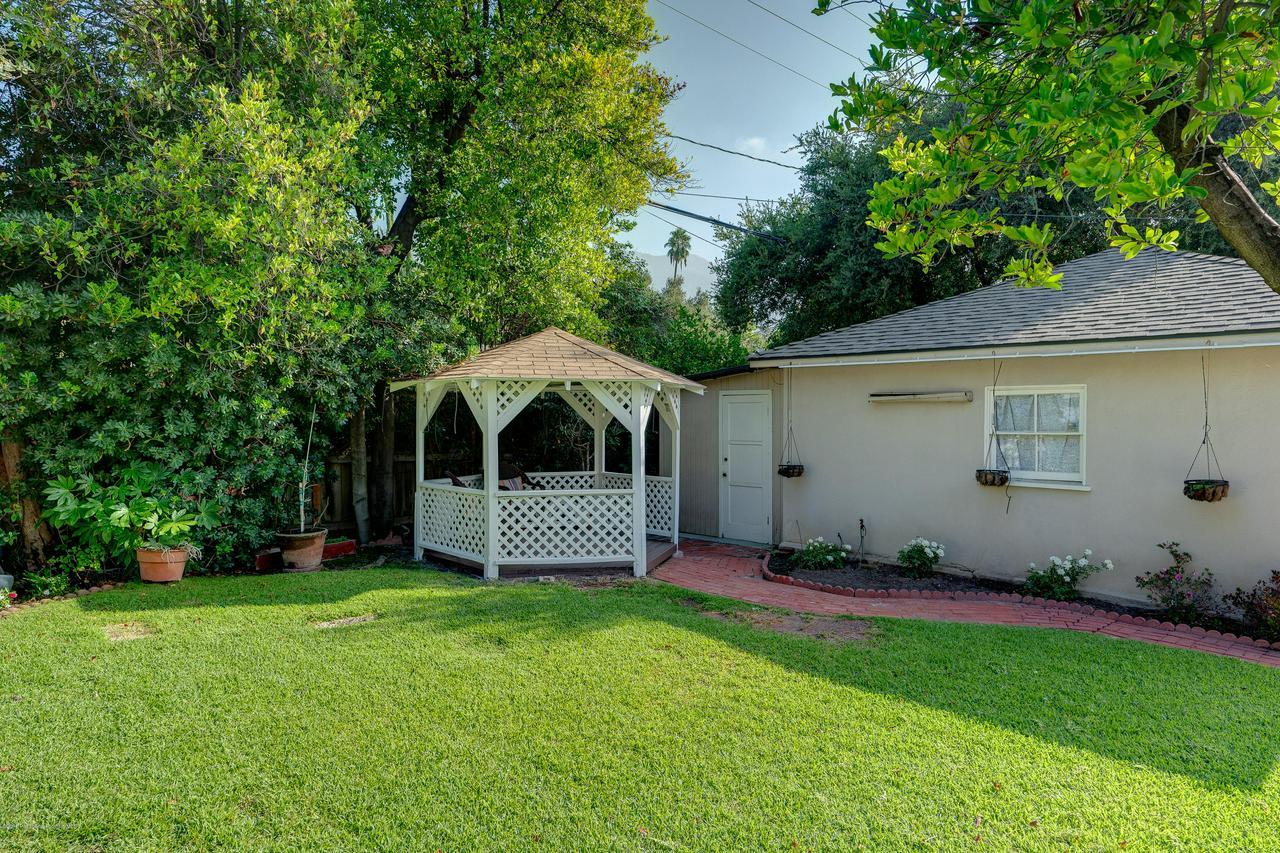 2465 QUEENSBERRY, Pasadena, CA 91104 - egpimaging_2465Queensberry_037_MLS