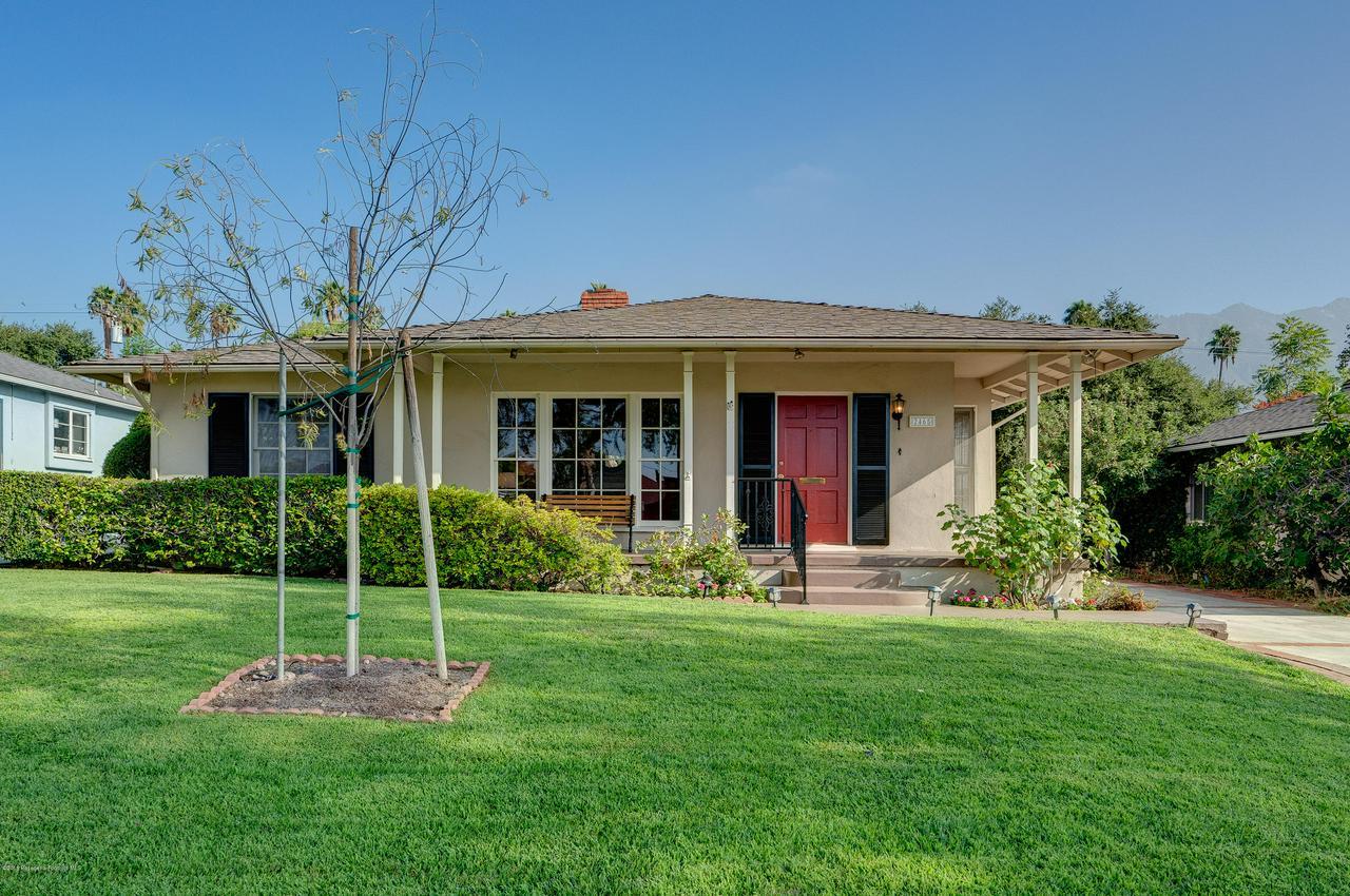 2465 QUEENSBERRY, Pasadena, CA 91104 - egpimaging_2465Queensberry_003_MLS