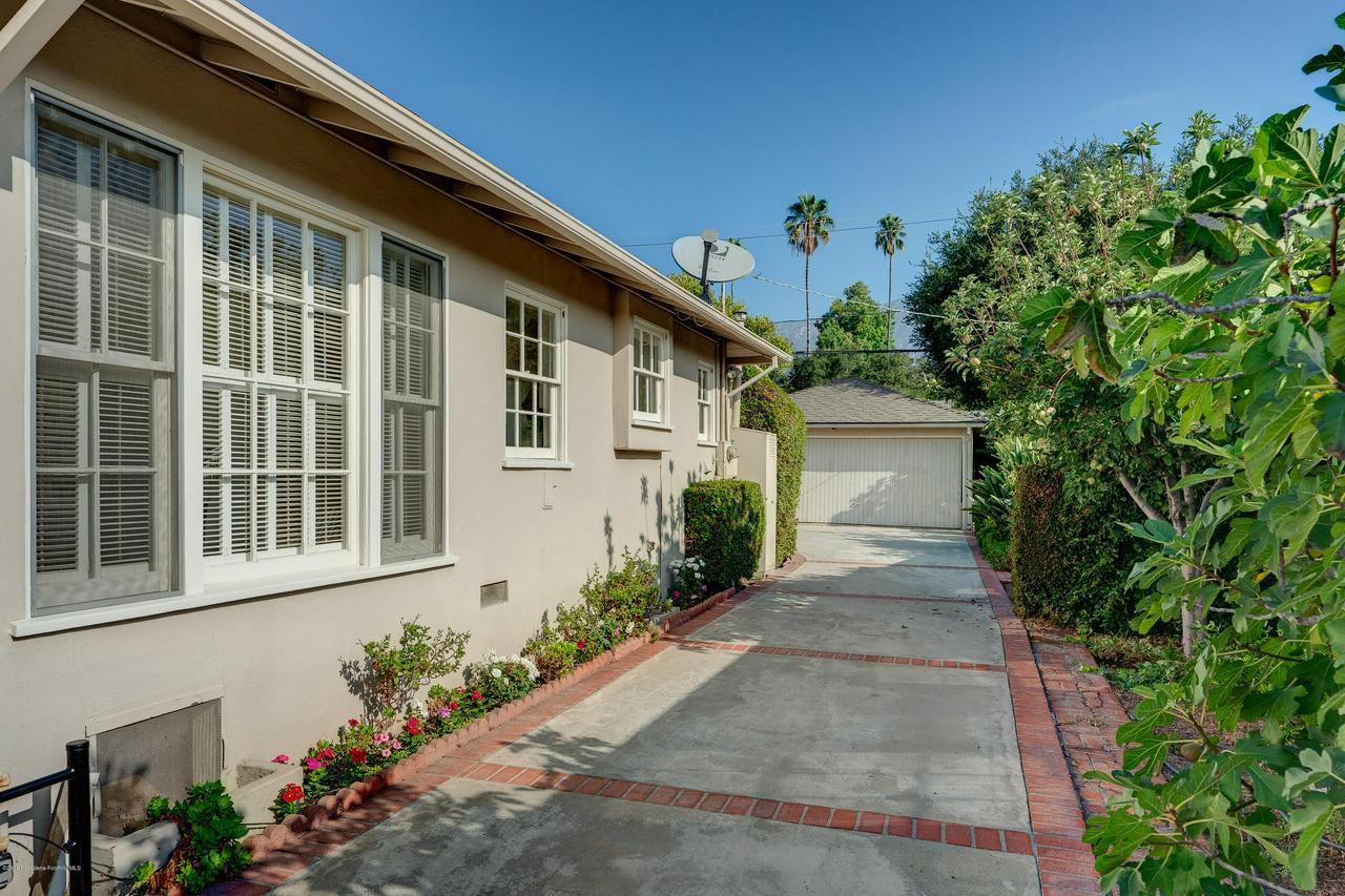2465 QUEENSBERRY, Pasadena, CA 91104 - egpimaging_2465Queensberry_043_MLS
