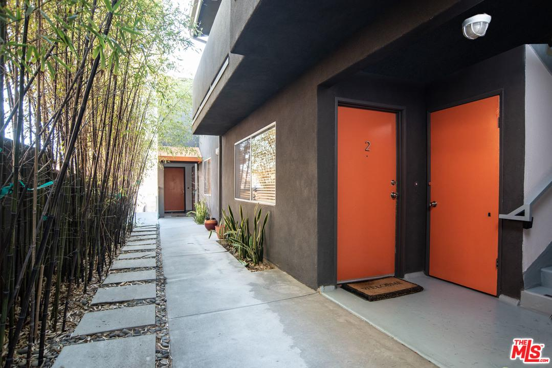 2714 AUBURN, Los Angeles (City), CA 90039