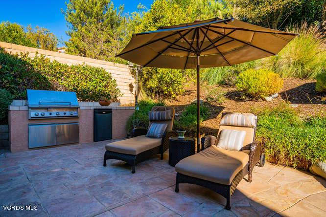 2568 AUTUMN RIDGE, Thousand Oaks, CA 91362 - 2568 Autumn Ridge Dr Thousand-small-033-