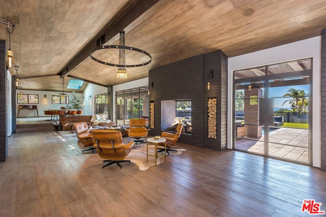 1707 RISING GLEN, Los Angeles (City), CA 90069