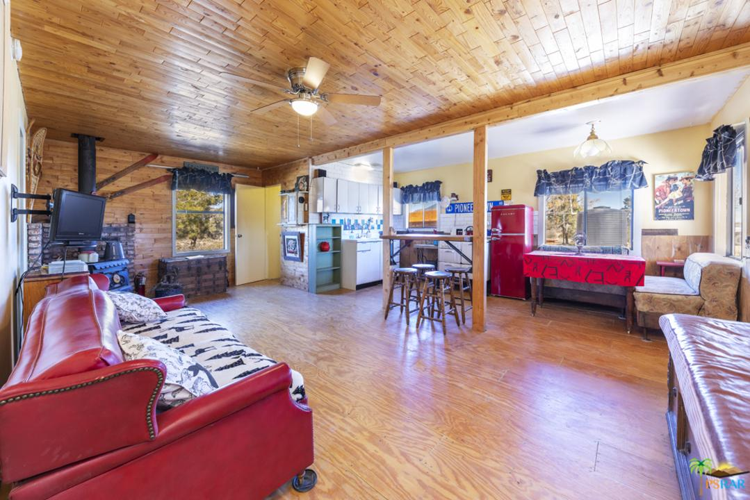 48317 BURNS CANYON, Pioneertown, CA 92268