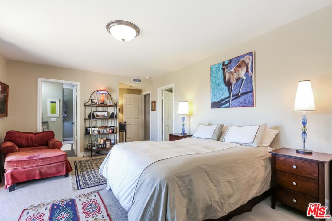 4100 WITZEL, Sherman Oaks, CA 91423