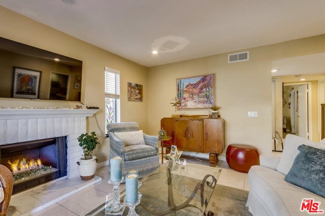 412 BRIGHTON SPRINGS, Costa Mesa, CA 92627