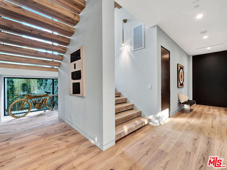 439 HARPER, Los Angeles (City), CA 90048