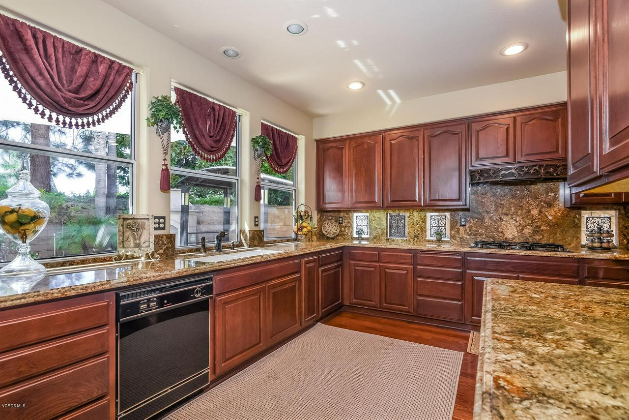 4365 TIMBERDALE, Moorpark, CA 93021 - 021-photo-kitchen-6306159