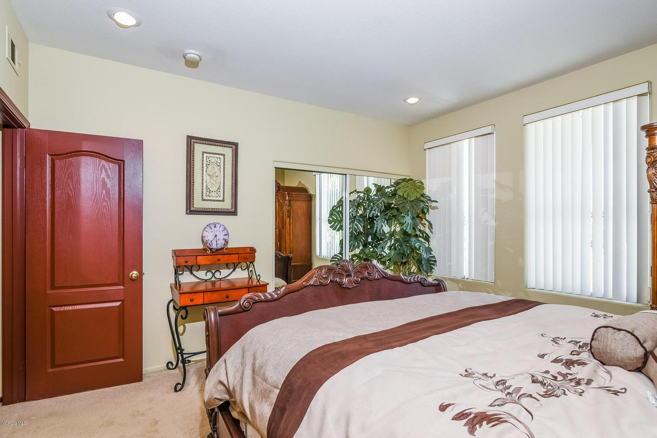 4365 TIMBERDALE, Moorpark, CA 93021 - 042-photo-bedroom-6306190