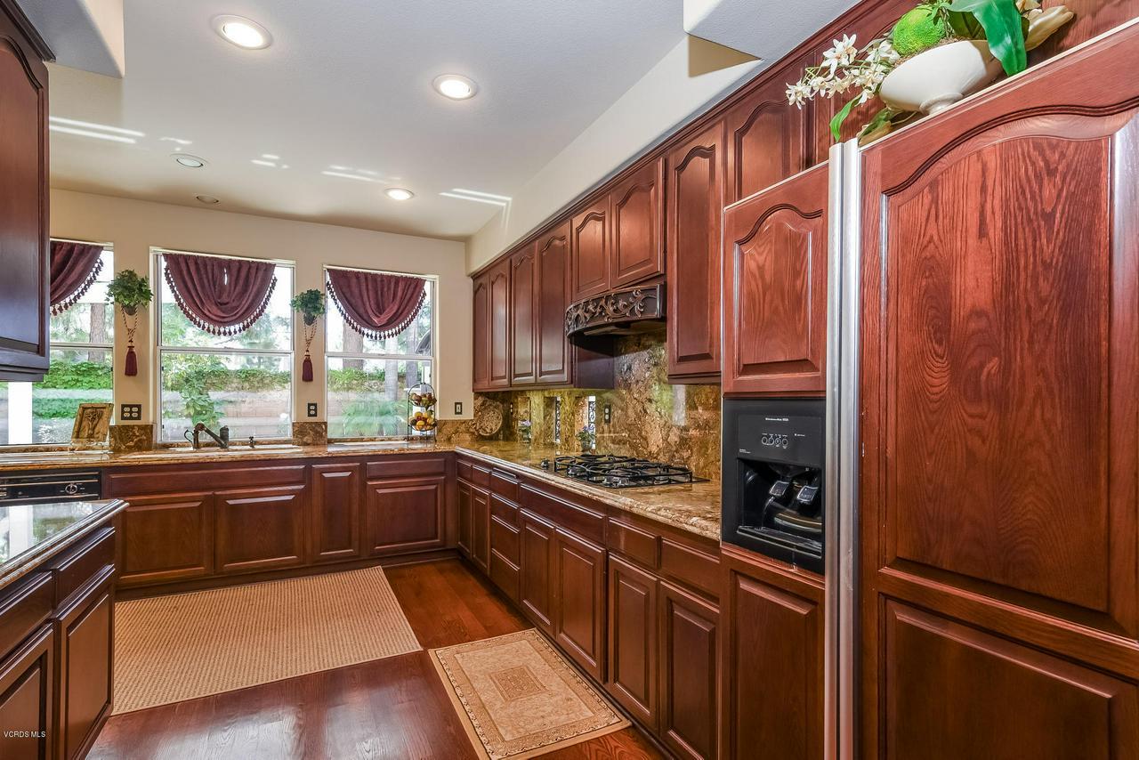 4365 TIMBERDALE, Moorpark, CA 93021 - 017-photo-kitchen-6306154