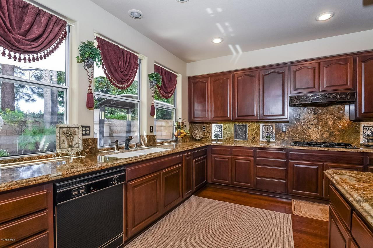 4365 TIMBERDALE, Moorpark, CA 93021 - 018-photo-kitchen-6306155