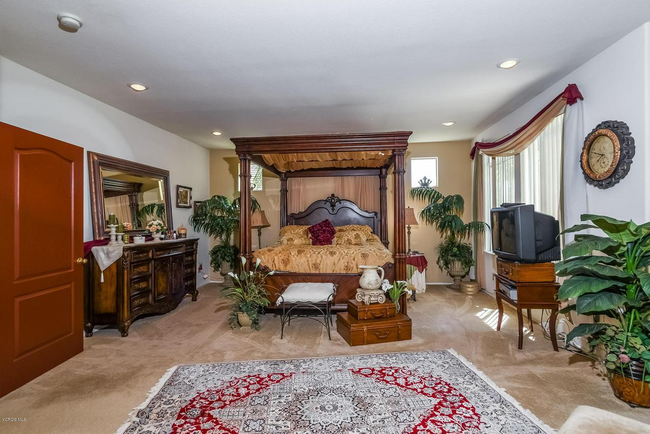4365 TIMBERDALE, Moorpark, CA 93021 - 033-photo-master-bedroom-6306140