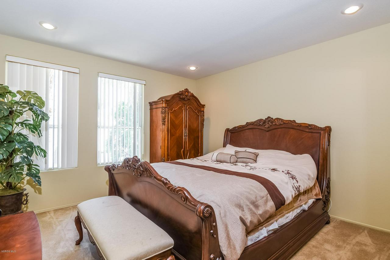 4365 TIMBERDALE, Moorpark, CA 93021 - 041-photo-bedroom-6306189