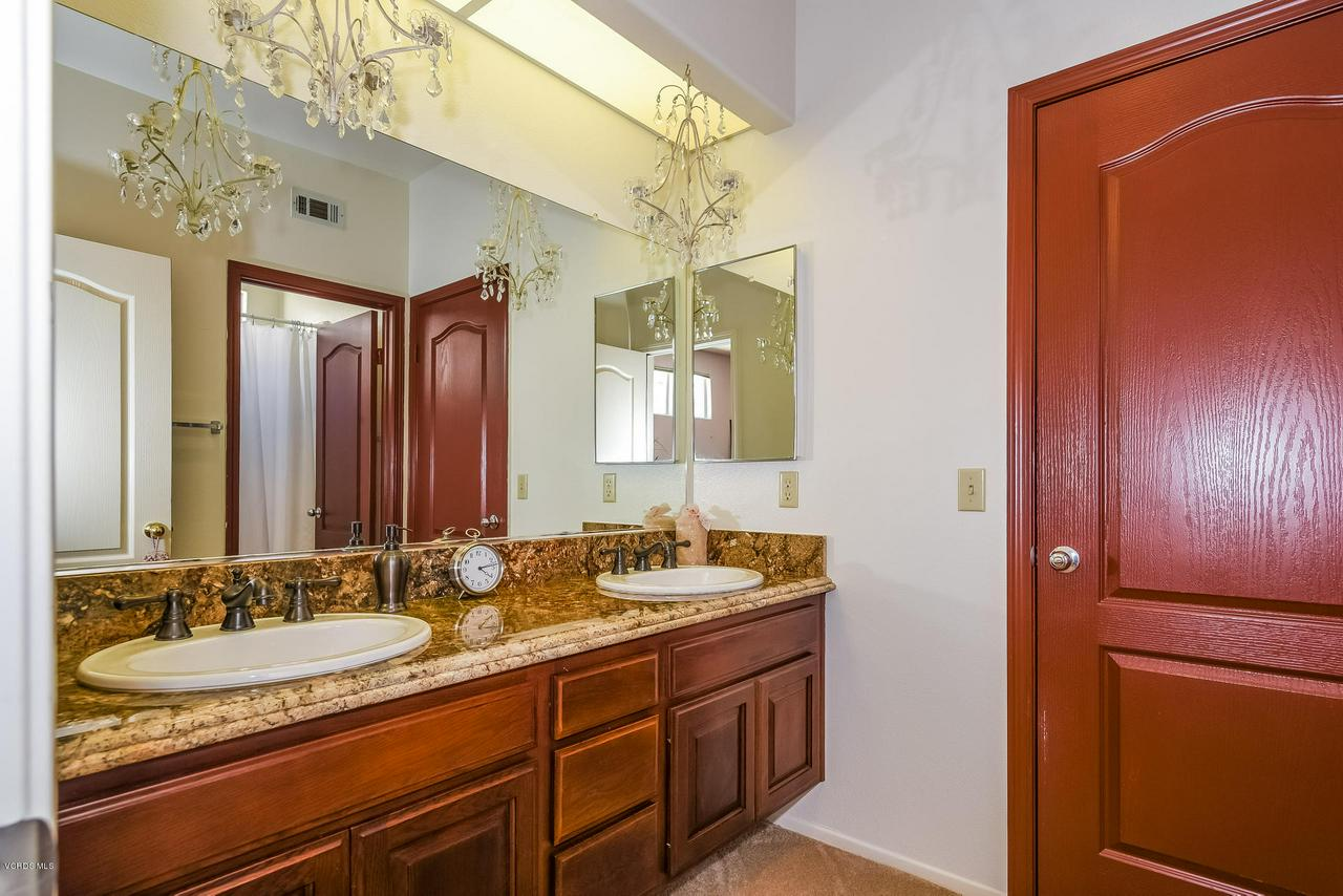 4365 TIMBERDALE, Moorpark, CA 93021 - 045-photo-bathroom-6306167