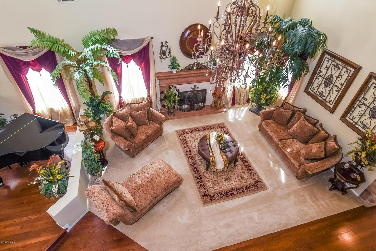 4365 TIMBERDALE, Moorpark, CA 93021 - 031-photo-open-to-below-6306137
