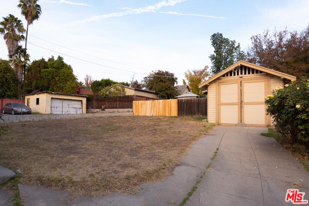 1048 MARENGO, Pasadena, CA 91103