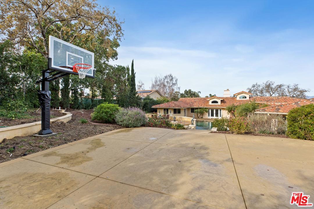 1066 EL SEGUNDO, Thousand Oaks, CA 91362