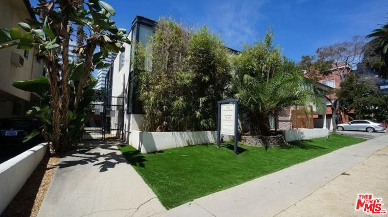 Photo of 1233 BARRY AVE, Los Angeles, CA 90025