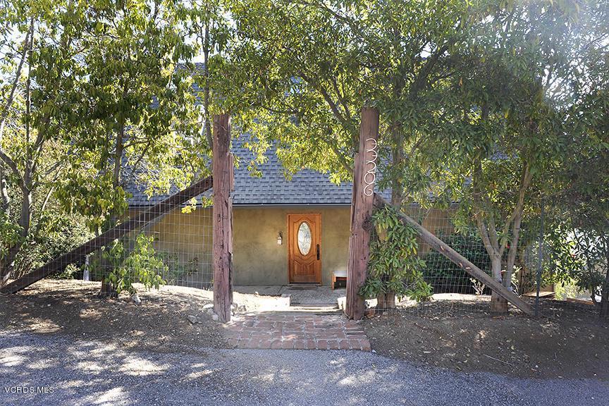 33206 DECKER SCHOOL, Malibu, CA 90265 - Front Door Entry