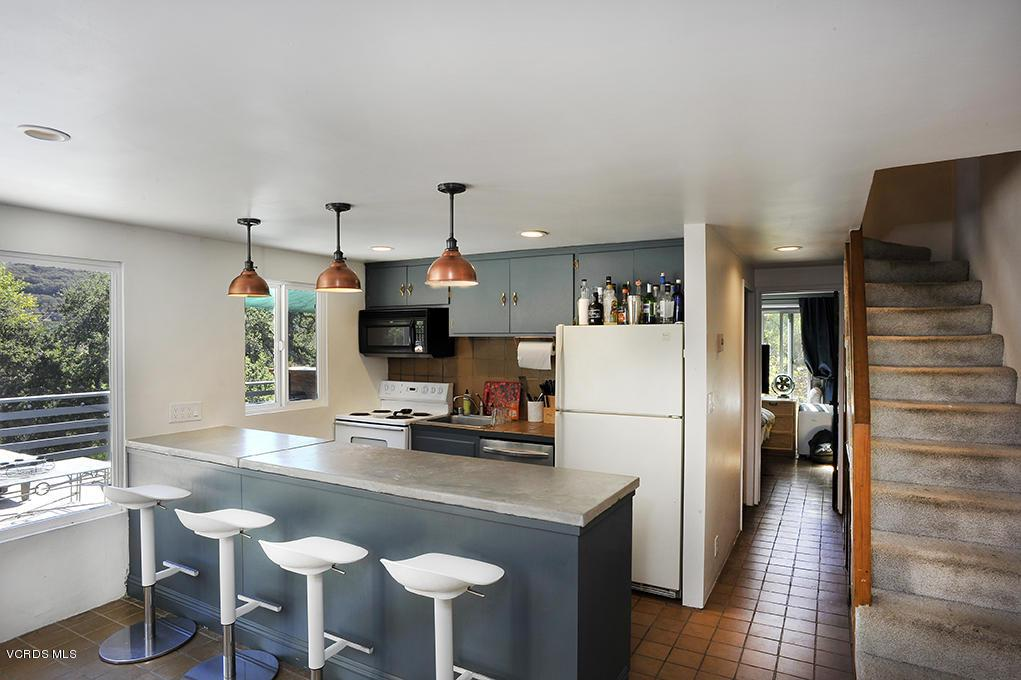 33206 DECKER SCHOOL, Malibu, CA 90265 - Kitchen