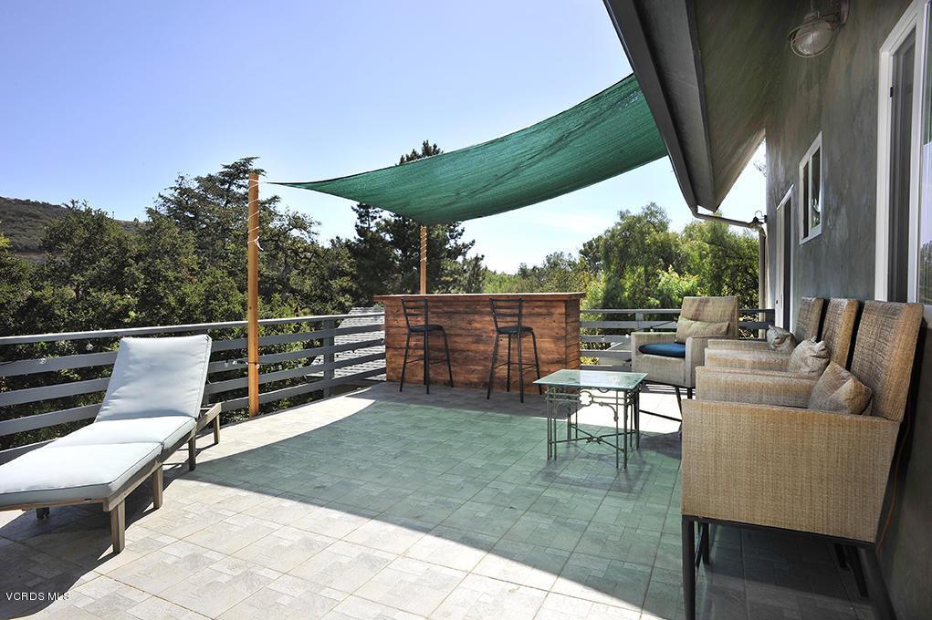 33206 DECKER SCHOOL, Malibu, CA 90265 - Outdoor Deck