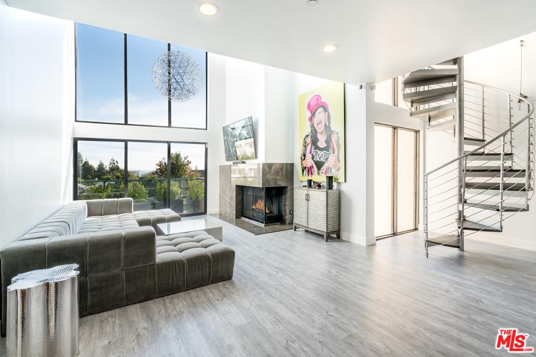 Photo of 1201 LARRABEE ST, West Hollywood, CA 90069