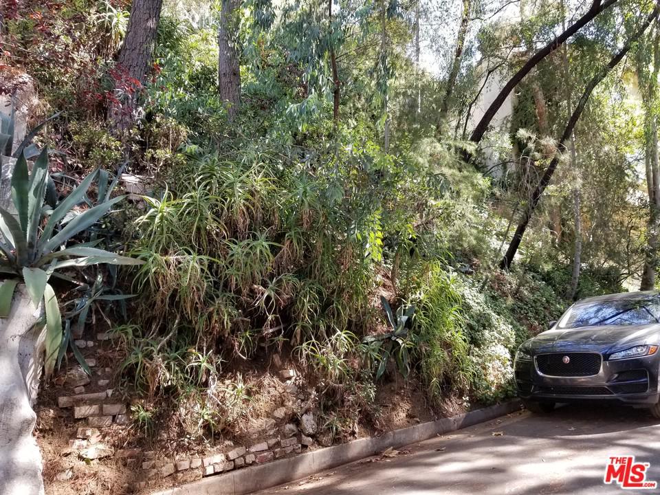 10059 REEVESBURY, Beverly Hills, CA 90210