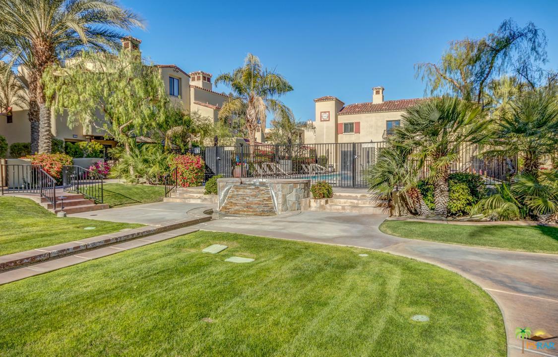 1048 VILLORRIO, Palm Springs, CA 92262