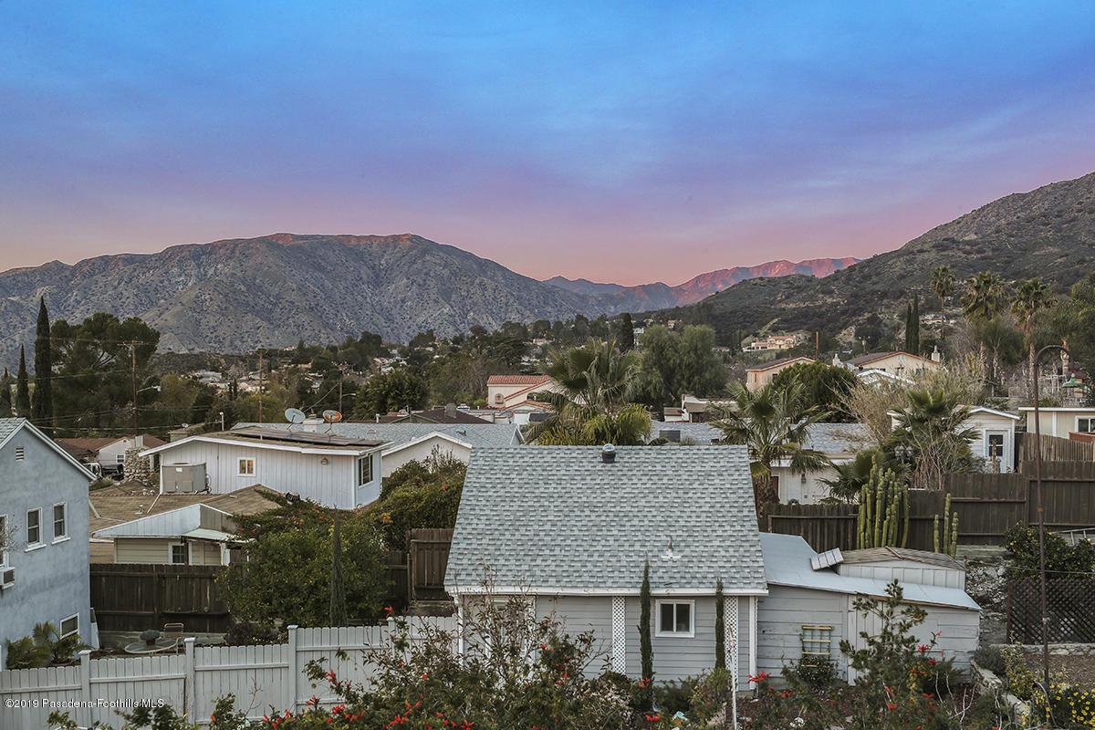7167 SUMMITROSE, Tujunga, CA 91042 - Views 2