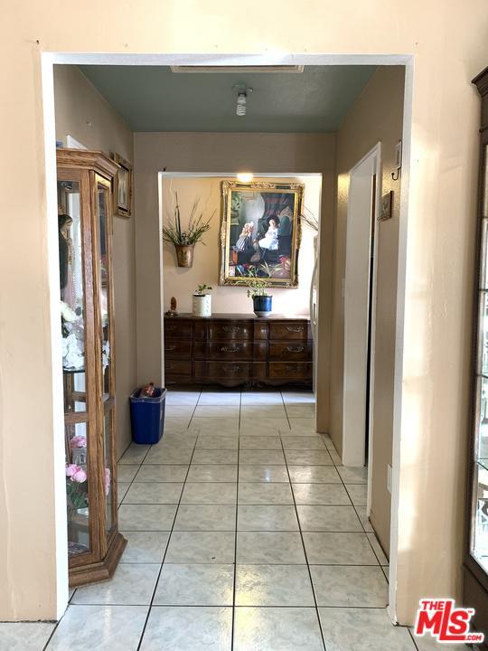 1439 OLIVE, Santa Ana, CA 92707