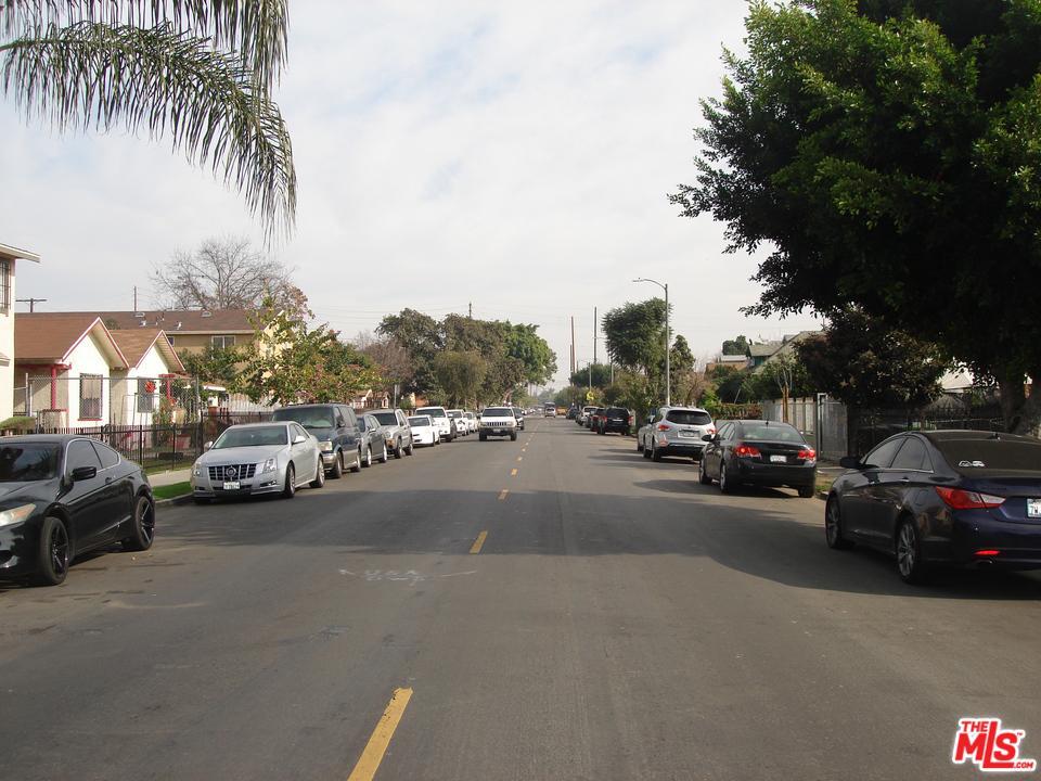 136 54TH, Los Angeles (City), CA 90011