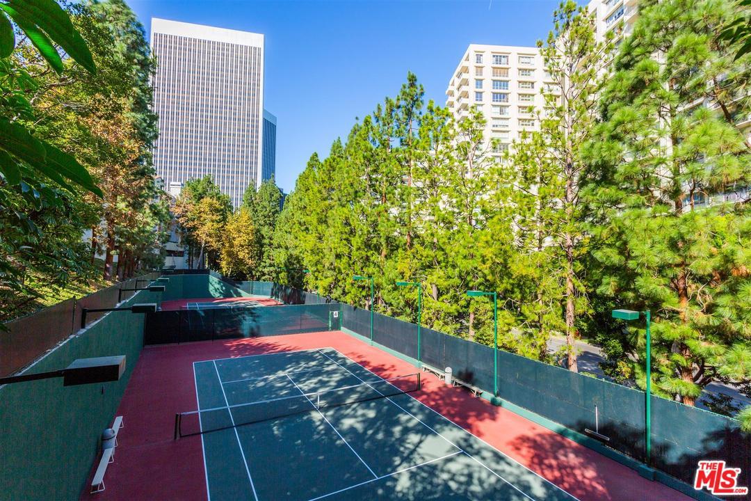 2122 CENTURY PARK, Los Angeles (City), CA 90067