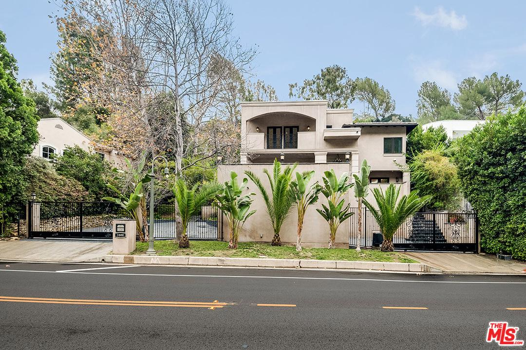 Photo of 1600 BENEDICT CANYON DR, Beverly Hills, CA 90210