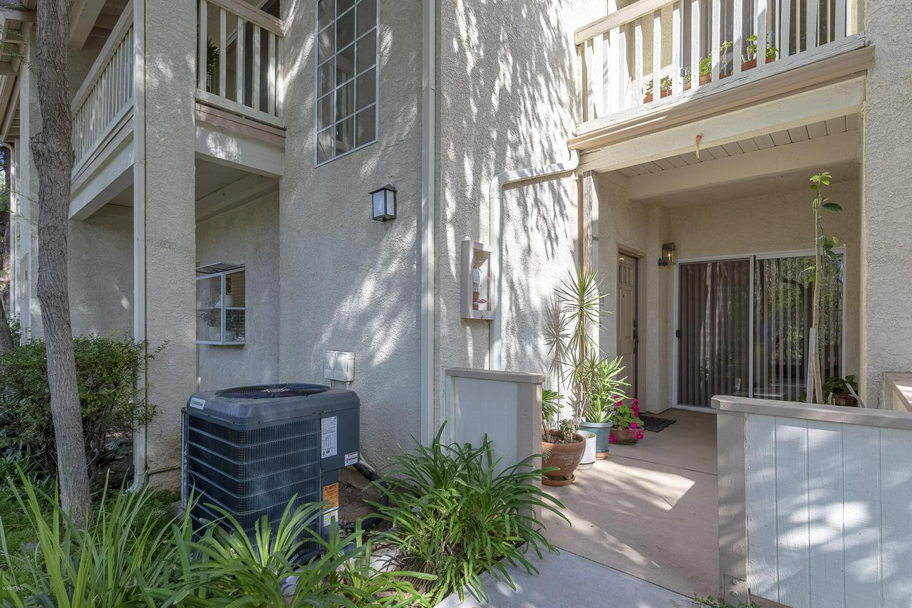 Photo of 5782 OAK BANK #106, Oak Park, CA 91377