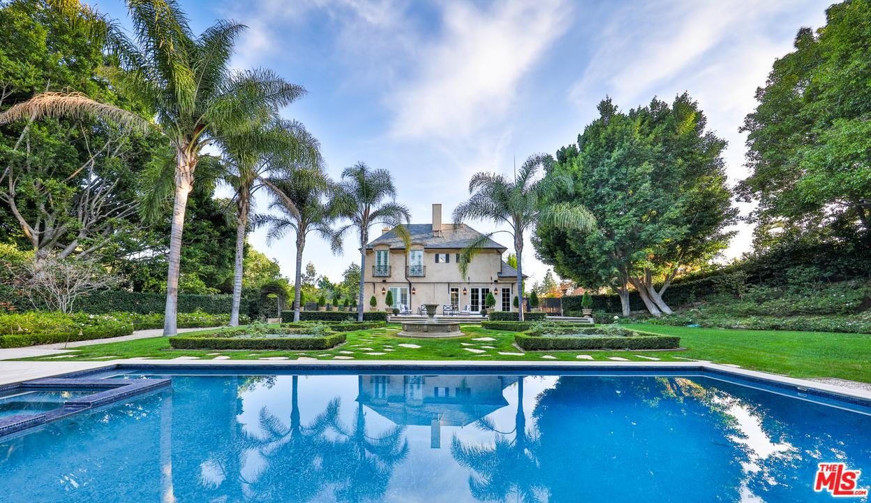 Photo of 952 N ALPINE DR, Beverly Hills, CA 90210